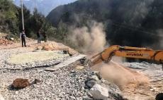 Vazhdon aksioni ne Fushë/Krujë. Deri tani janë prishur 23 furra gëlqere dhe janë bllokuar 12 gurore...  02/04/2019
